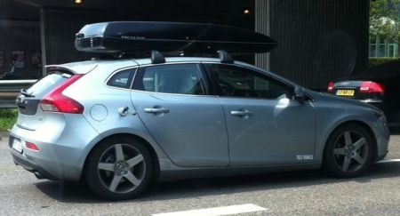 Nieuwe Volvo V40 Uitgebreid Getest Met Skibox Autoblog Nl
