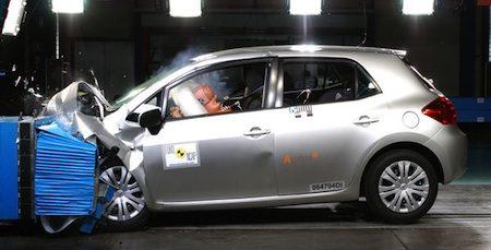 Toyota Auris, zeer intrek als hybride