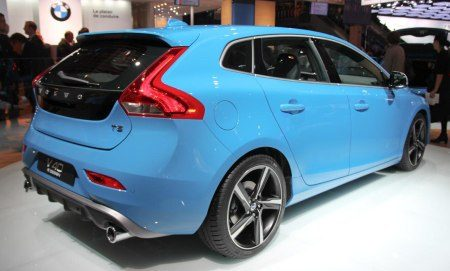 volvo v40 r design live in parijs. Black Bedroom Furniture Sets. Home Design Ideas