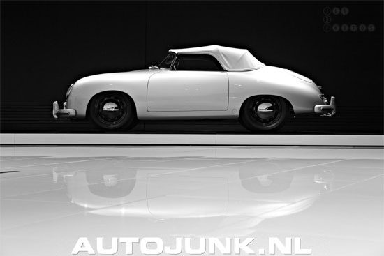 Perfect Reflection Porsche 356 Speedster