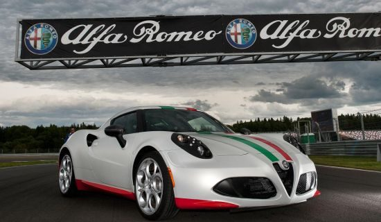 Alfa Romeo 4C Tricolore Safety Car
