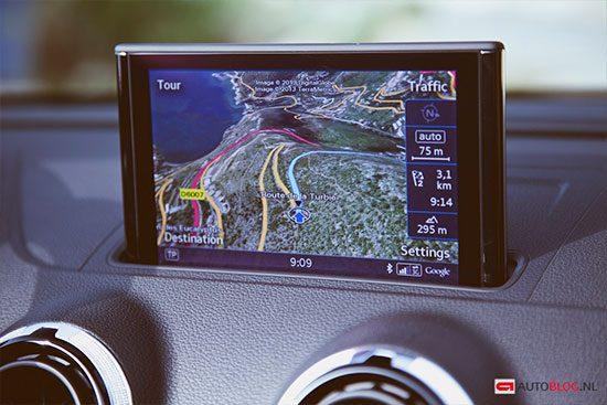 Audi A3 Cabriolet navigatiescherm