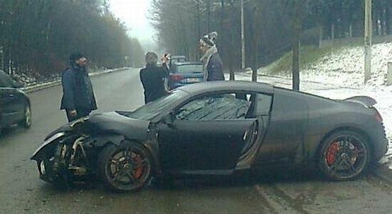 Audi R8 Guillaume Gillet crash