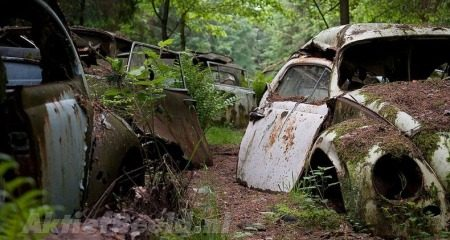 Autokerkhof Chatillion - Foto: Behance.net