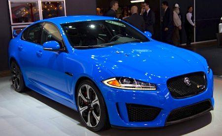 Live: De Jaguar XFR-S in bruutblauw