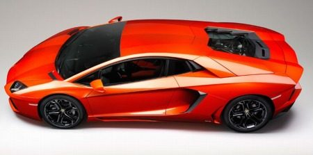 Ketsjing! Bijna 1.000 Aventadors verkocht in 2012