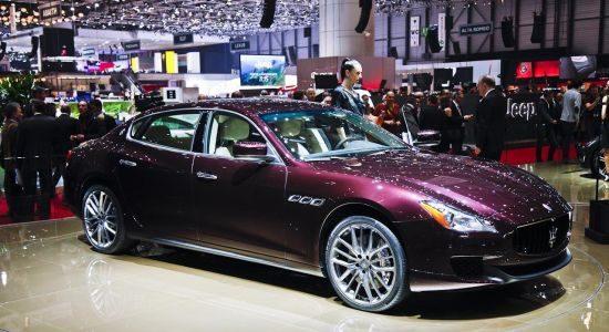 Paarse Maserati Quattroporte @ Geneve 2013