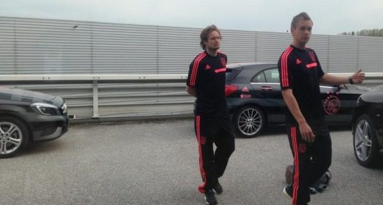 2 dudes, 1 Benz