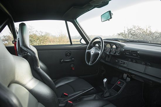Porsche 993 Carrera RS interieur