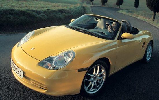 Porsche Boxster 986 geel