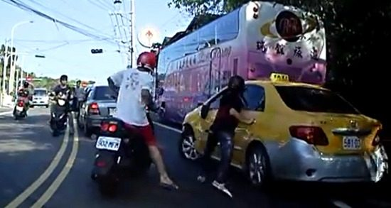 Taxichauffeur onder vuur