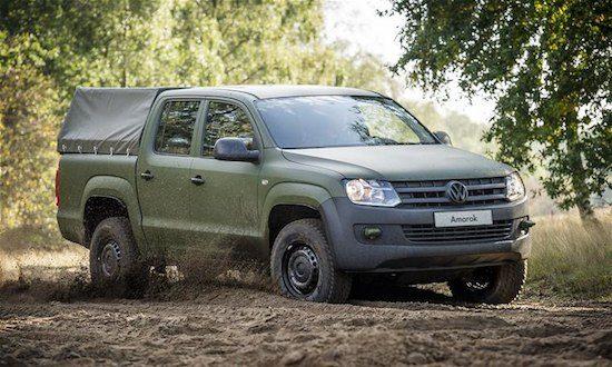 Volkswagen Amarok in het zand