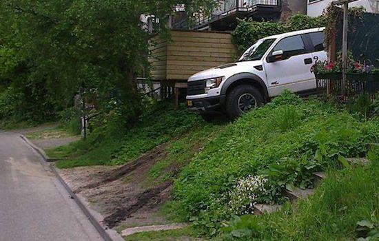 Ford Raptor tuin ornamentje