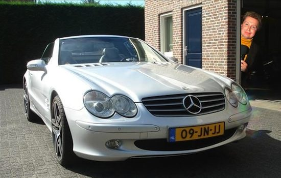 Te koop: Robert Jensen's oude Mercedes SL500