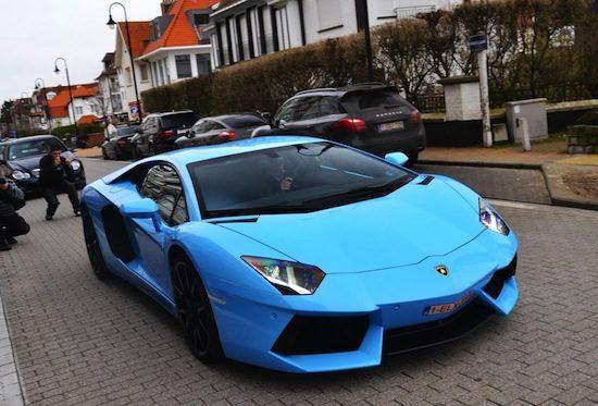Gespot: Lamborghini Aventador is de allerblauwste