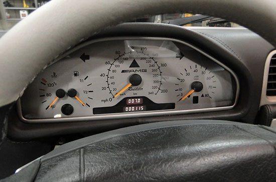 Mercedes CLK GTR Roadster interieur