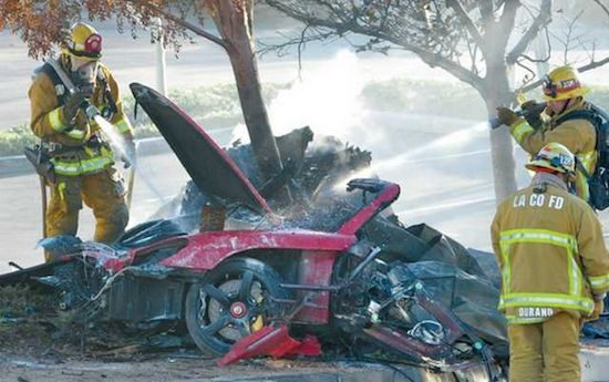 Bewakingscamera legt crash Paul Walker vast