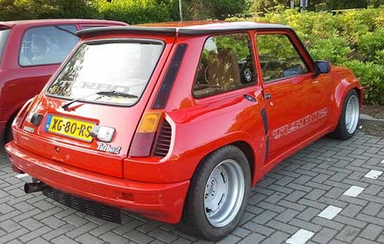 gespot een nederlandse renault 5 turbo 2. Black Bedroom Furniture Sets. Home Design Ideas