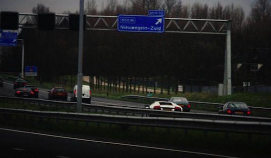Nederlandse snelwegen zonder verlichting. Gevaarlijk?