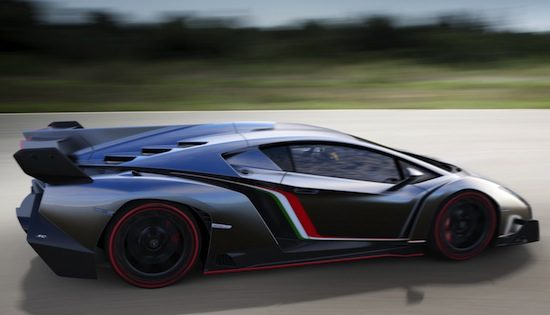 Live: Lamborghini Veneno
