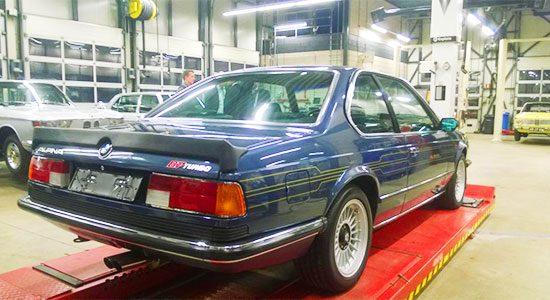 Alpina B7 Turbo gespot!