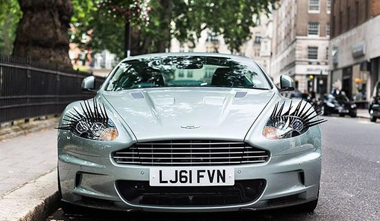 Carlashes op je Aston
