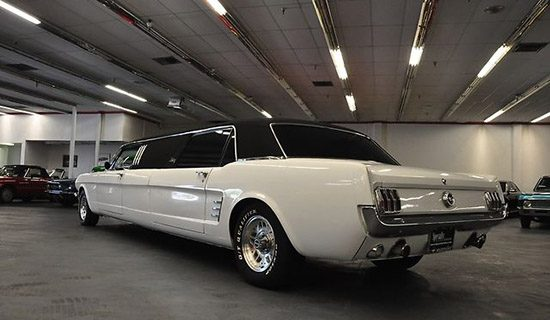 Ford Mustang Limo is bizar