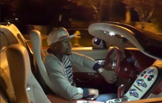 Floyd Mayweather rolt in Veyron GS