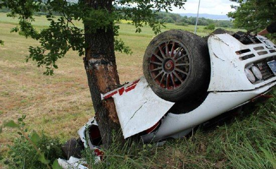 McLaren F1 crasht in Italie