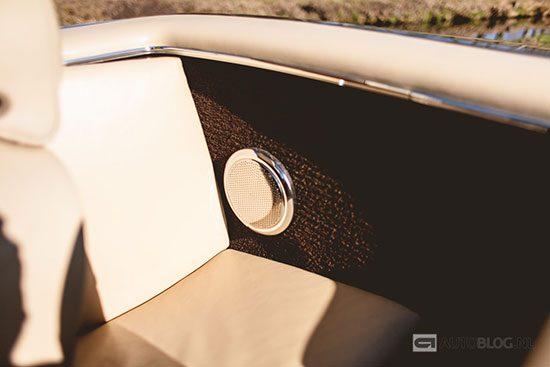 Mercedes 280 SL derde stoel