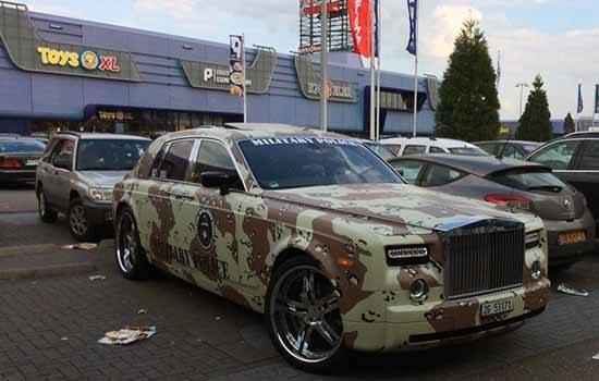 Rolls-Royce met camouflage