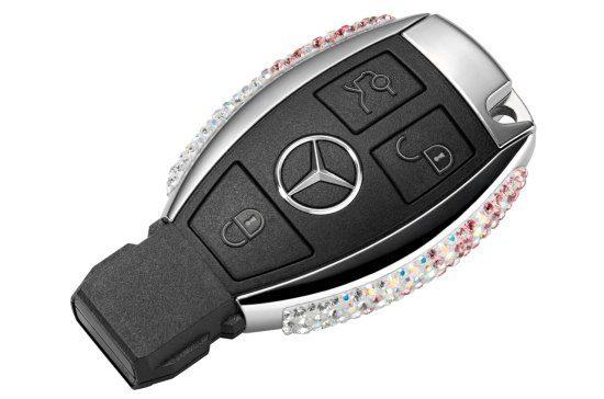 Mercedessleutel met kristallen