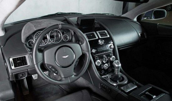Aston Martin interieur
