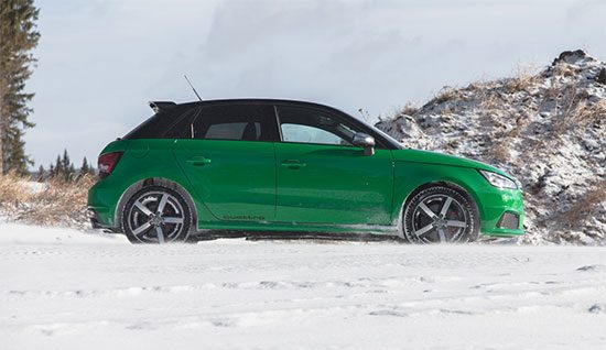 Audi S1: Rijtest en video
