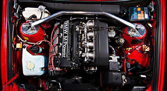 BMW M3 E30 viercilinder