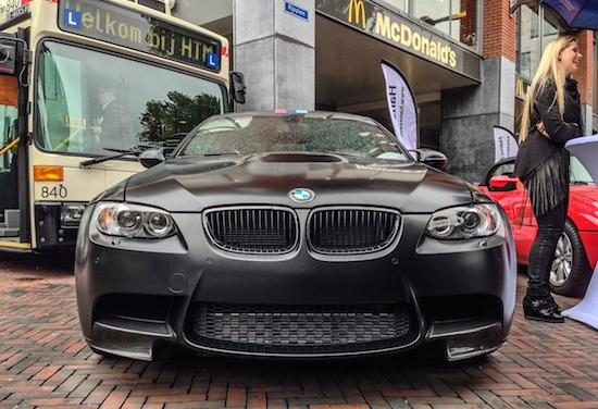 Gespot: de allerzwartste BMW M3 (E92)
