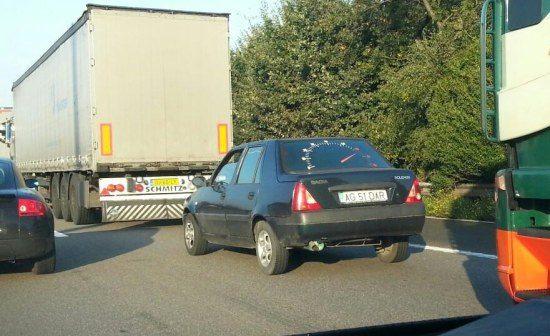 In de file met een Dacia