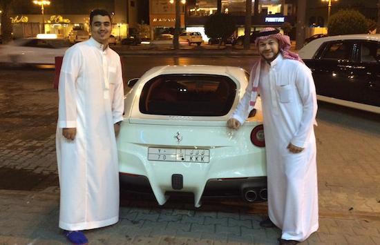 Het supercarleven van miljardairszoon Dhiaa-Al-Essa