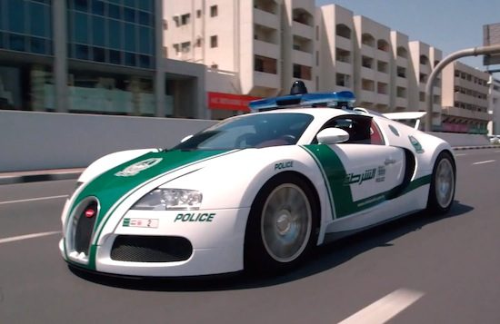 Video Politie Dubai Showt Sexy Supercar Collectie