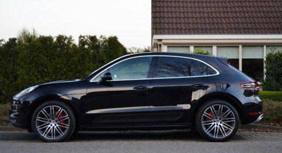 Gespot: Porsche Macan Turbo op NL platen