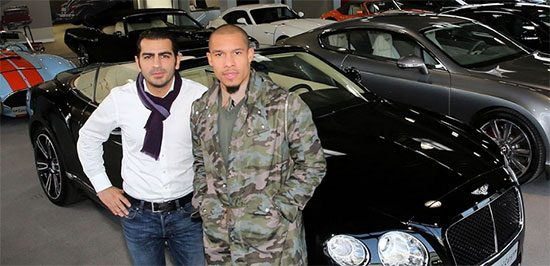 Photo of Nigel de Jong  - car