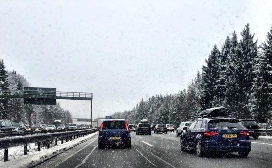 Sneeuw en files in het zuiden van Duitsland