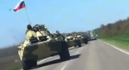Tanks Rusland richting grens met Oekraïne