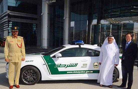 Lexus RC F: het nieuwe wapen van de politie in Dubai