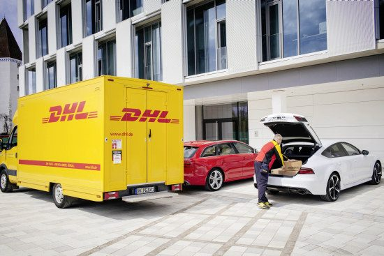 'Well hello there, mr DHL man'