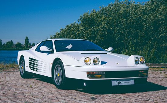 Ferrari Testarossa 1988 rijtest en video