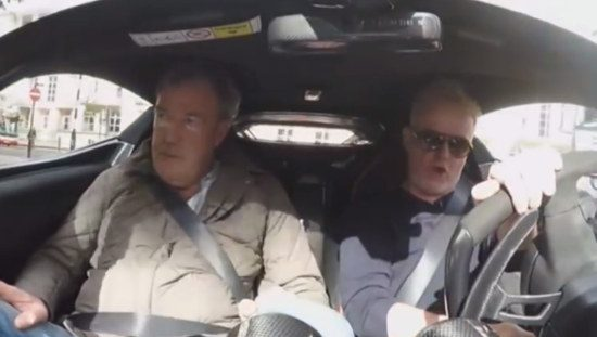 Jezza en Evans cruisen in een Arie