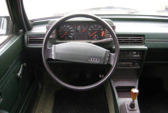 Deze audi occasion uit 1982 heeft een start stop systeem for Audi 80 interieur