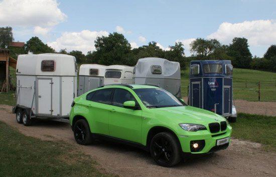BMW met Aanhanger