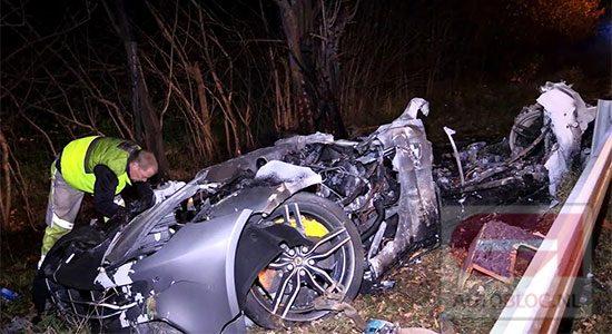 Ferrari California-T crash